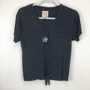 Chaser M Slate Gray Short Sleeve Knot Front Tee